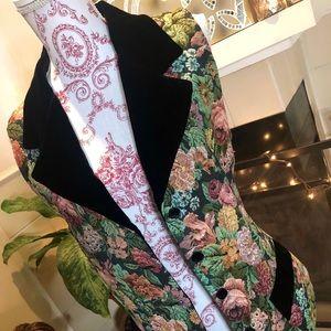 Jackets & Blazers - Floral Tapestry Vest!!!!
